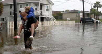 हाउडी मोदी कार्यक्रम से पहले ह्यूस्टन में भारी बारिश ने मचाई तबाही, स्कूल-कॉलेज बंद